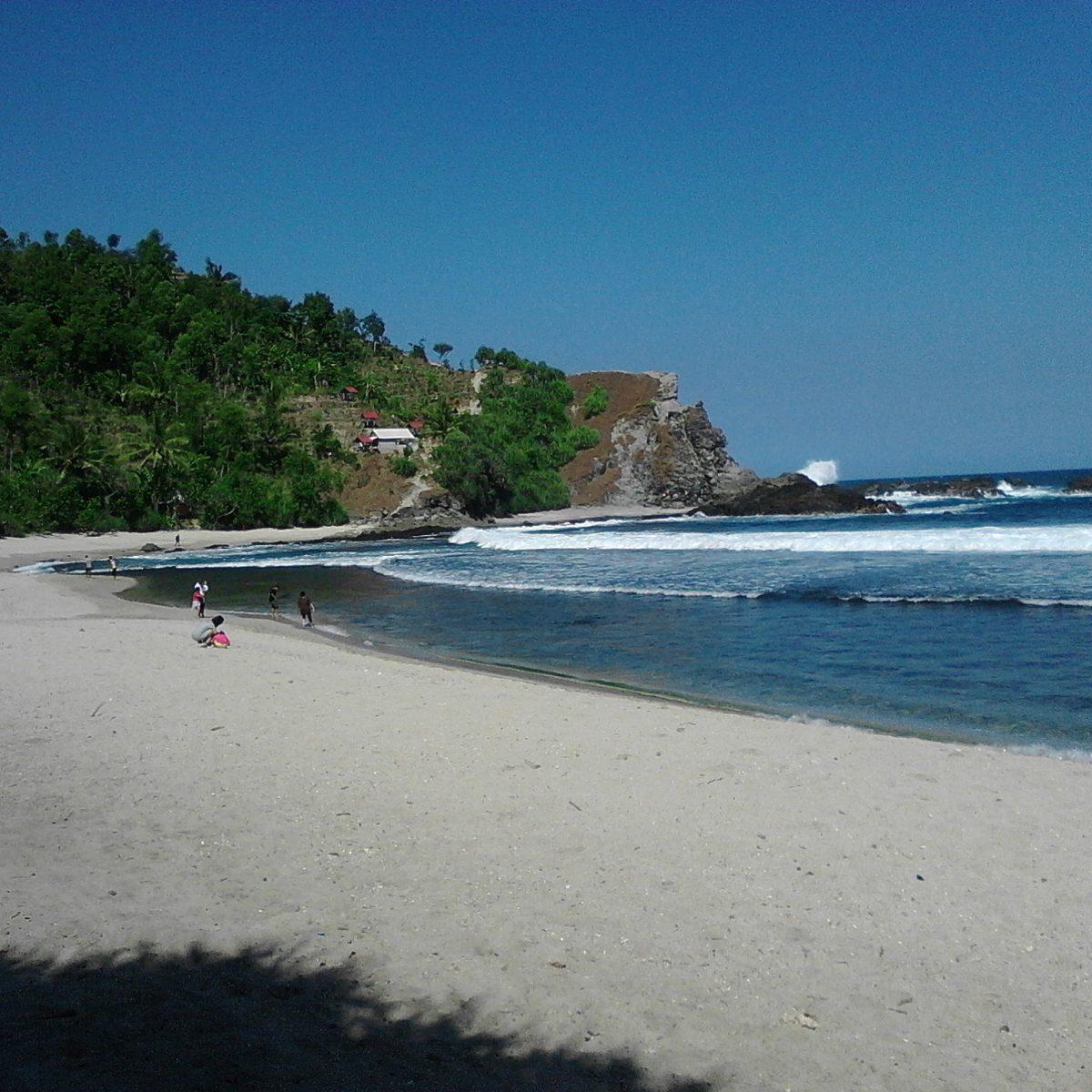 Mau Wisata Pantai? 5 Pantai Indah Di Gunungkidul Ini  Rekomen Untuk Dikunjungi!